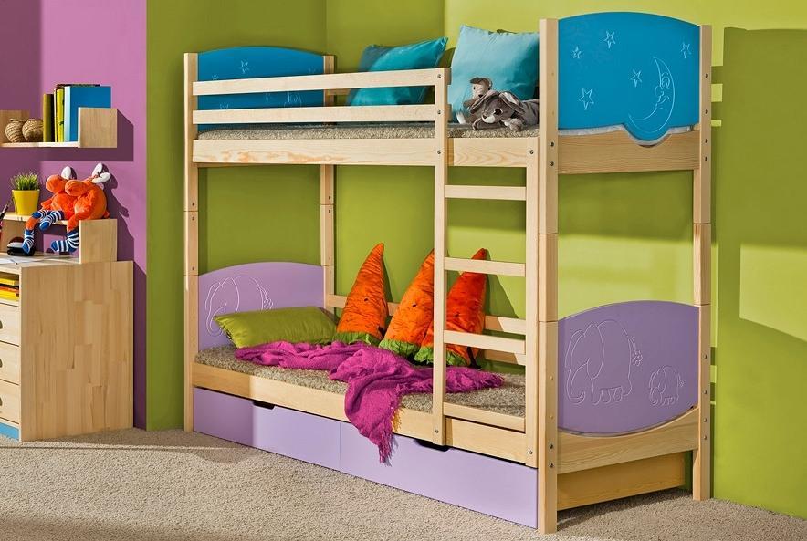 TRIO 2 poschodová detská posteľ z masívneho dreva | viac dekorov