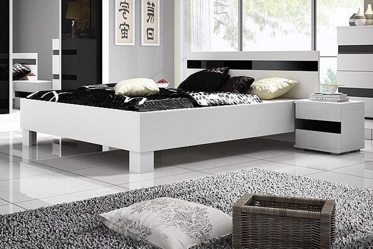 LUCA moderní manželská postel s leskem 160x200