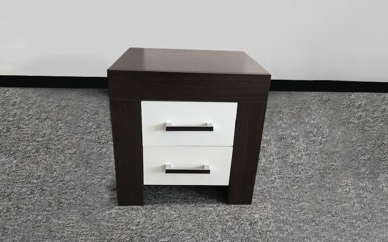 PEDRO - nočný stolík