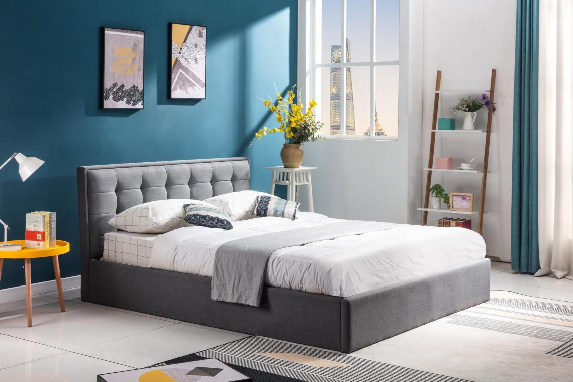 PADVA moderná čalúnená posteľ 160x200 s roštom
