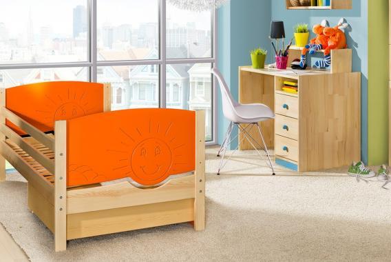 TRIO 1 dětská postel se zábranou z masivního dřeva