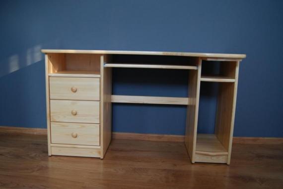 NR7 psací stůl z masivního dřeva